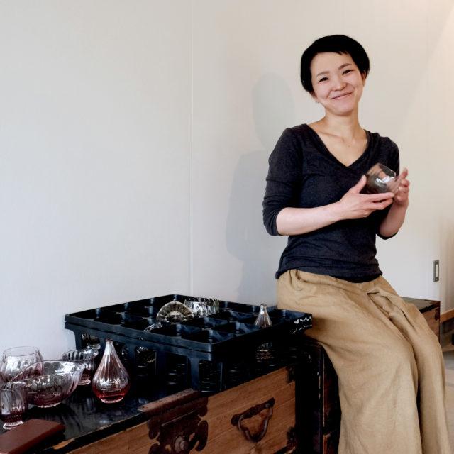 秋田のガラス作家 境田亜希さん